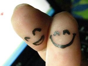finger-people-happy-couple